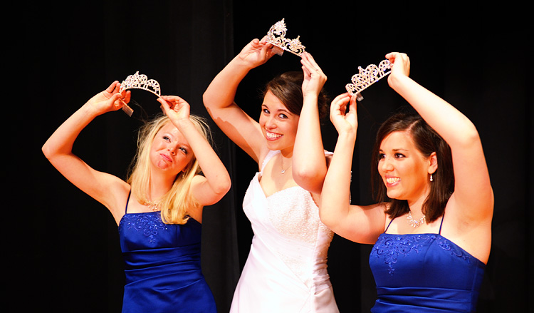 Photo of Miss Fridley Pageant